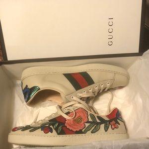 Gucci Sneakers w/ Original Box
